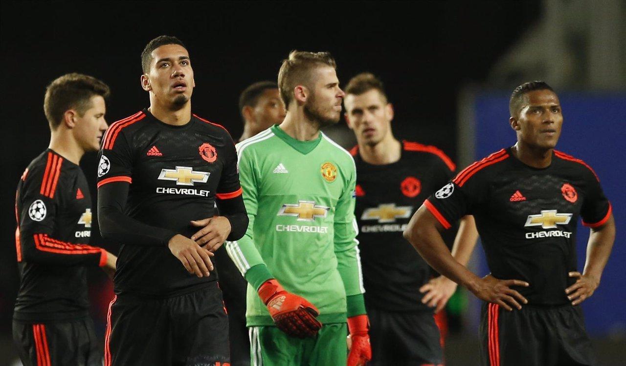 El Manchester United tras empatar en Moscú