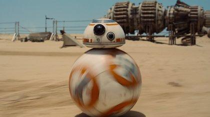 Así vivió BB-8 el tráiler de Star Wars: El despertar de la Fuerza