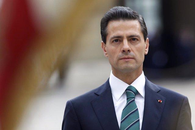El presidente de México Enrique Peña Nieto en Francia