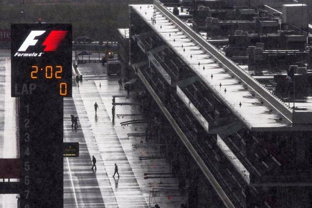 La lluvia suspende la segunda sesión de libres en Austin