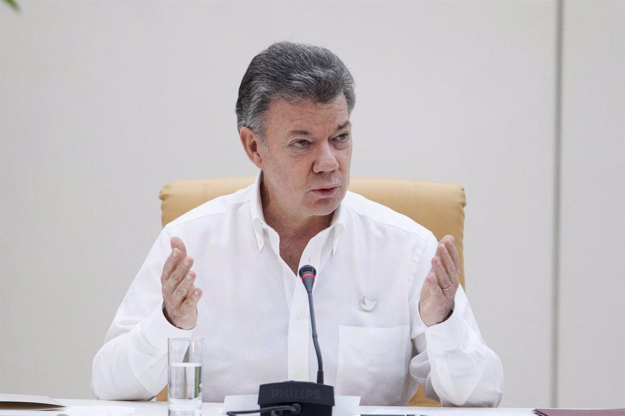 Colombia's President Juan Manuel Santos speaks during a news conference in Havan