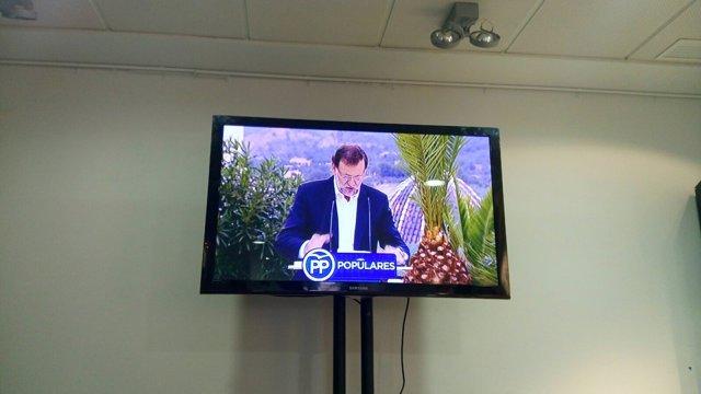 Rajoy visto a través de la señal realizada del PP