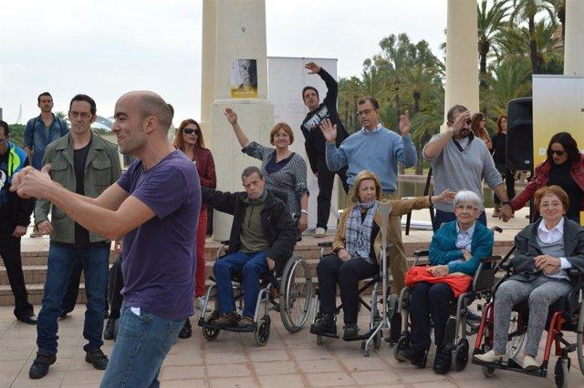 Manifestantes durante la concentración de este sábado