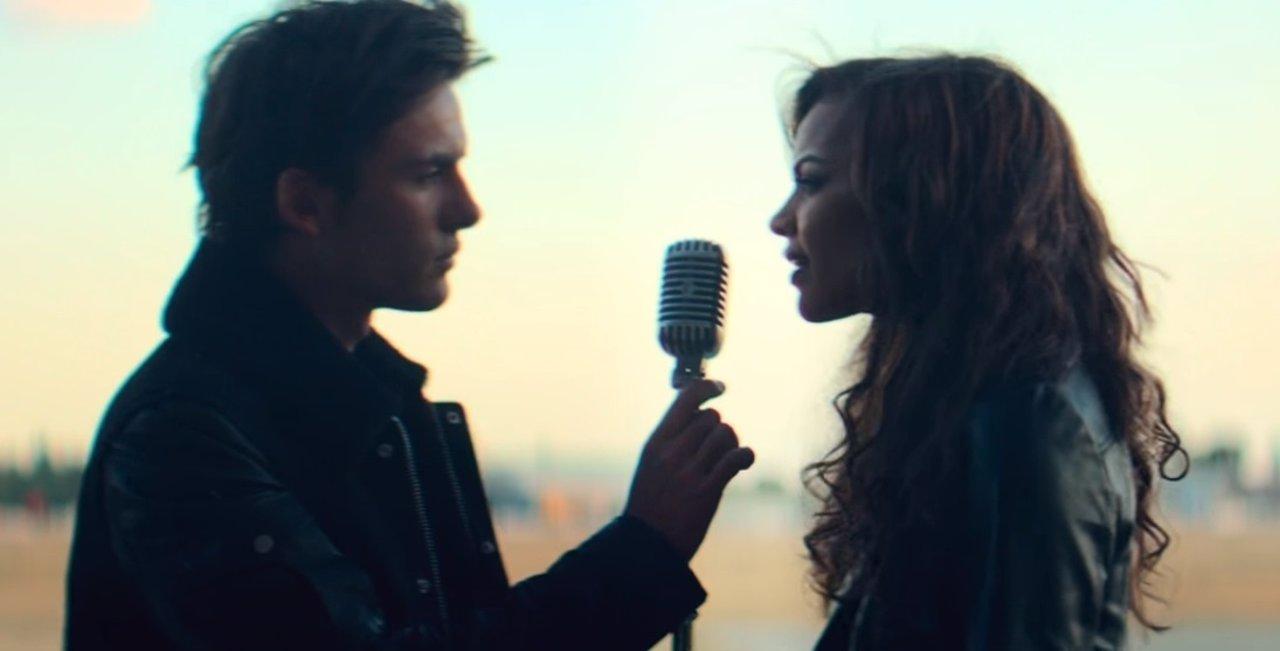 Imagen del videoclip de 'Nada' de DVicio y Leslie Grace