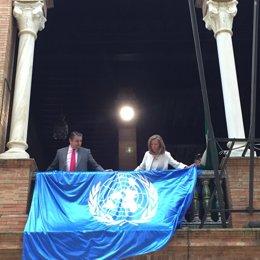 La bandera de la ONU, en la Delegación del Gobierno en Andalucía
