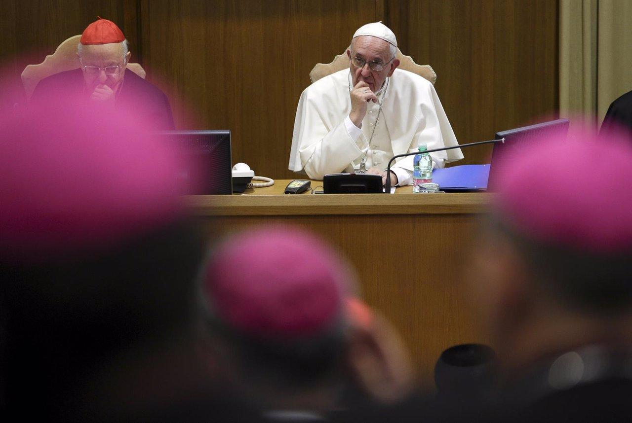 Papa Francisco en el Sínodo sobre las Familias en el Vaticano