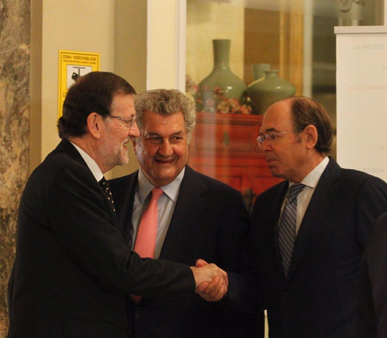 Mariano Rajoy, con Jesús Posada y Pío García Escudero