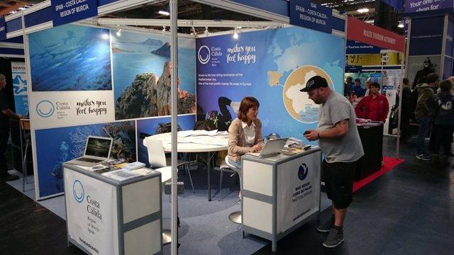La Costa Cálida luce sus fondos marinos en la feria 'Dive Show'