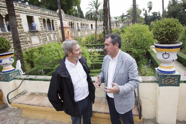 El alcalde de Sevilla visita el rodaje de Juego de Tronos