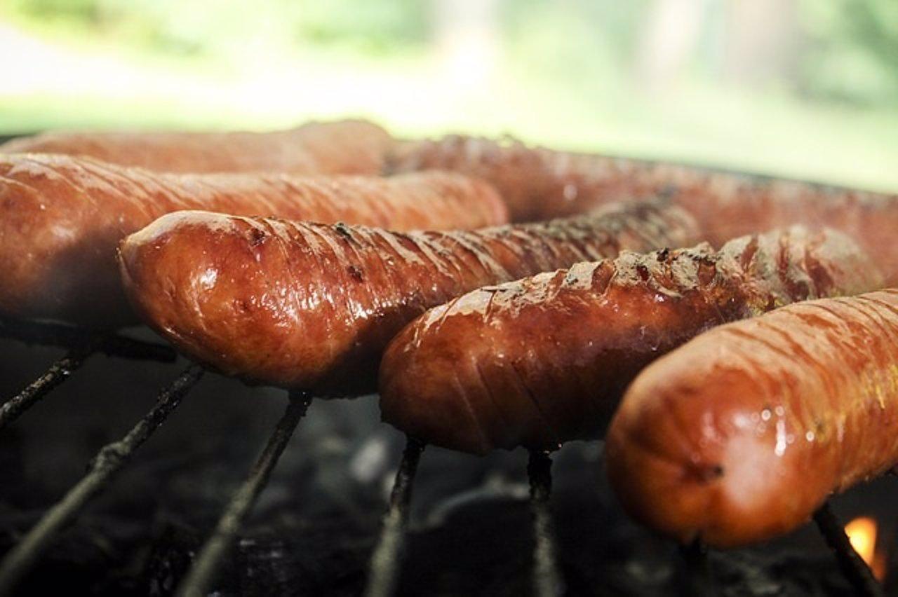 Riesgo de cáncer colorrectal por comer carne procesada, según la OMS