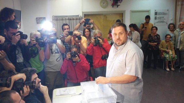 Oriol Junqueras vota el 27S