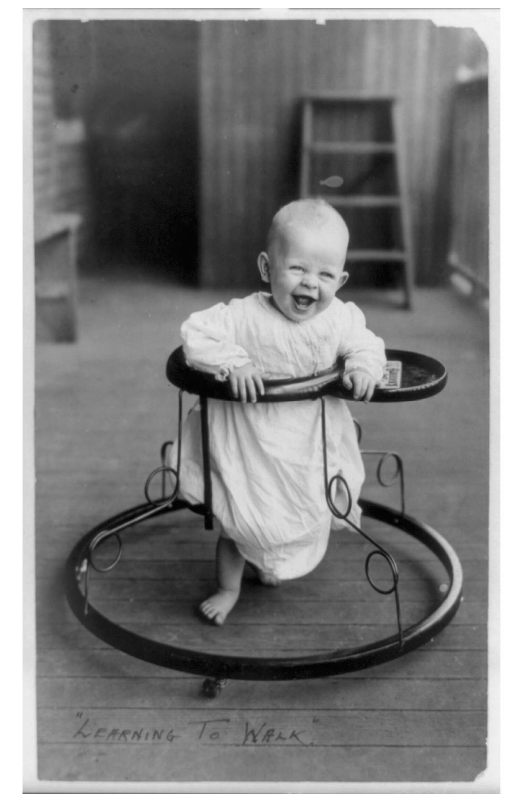 Los antiguos andadores de bebé