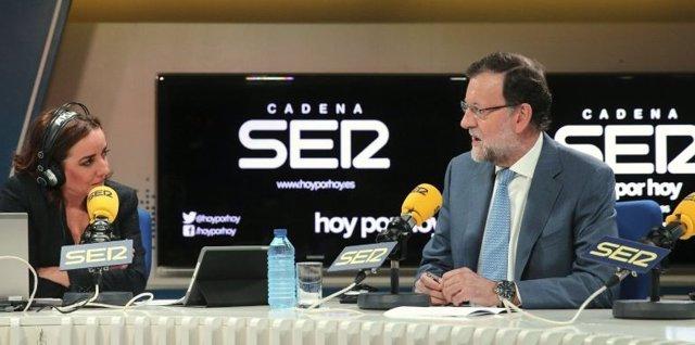 El presidente del Gobierno, Mariano Rajoy, en la SER