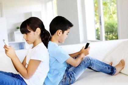 WhatsApp: 8 consejos de buen uso para niños