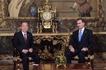 """El Rey apela a  los """"mejores principios y tradiciones de acogida"""" de los europeos con los refugiados"""