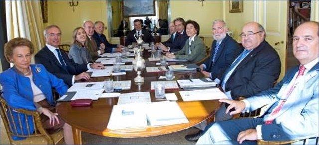 Reunión de la Junta de Patronos del CEM de la Fundación Albéniz
