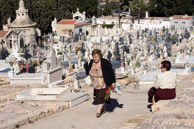 Imagen de un cementerio de Cartagena