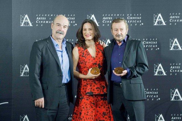 Aitana Sánchez-Gijón, Juan Diego y Antonio Resines