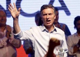 Macri parte como favorito para la segunda vuelta de las presidenciales argentinas
