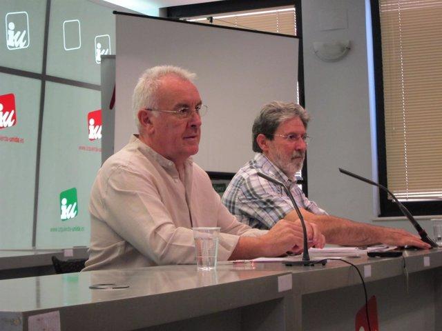 Cayo Lara y Adolfo Barrena en la sede de IU