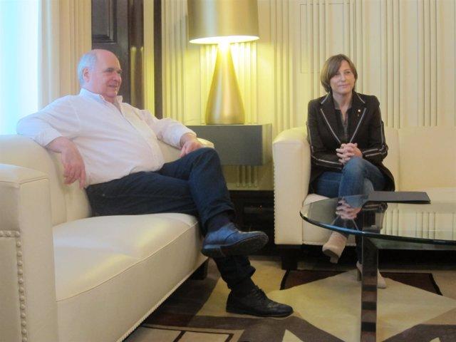 La presidenta del Parlament, Carme Forcadell, se reúne con Lluís Rabell