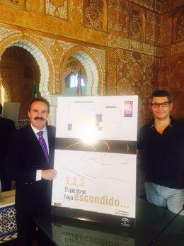 El delegado de Cultura en Almería y el director del Museo Arqueológico