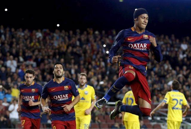 El Barça, con brillo y relax, gana y huele a octavos