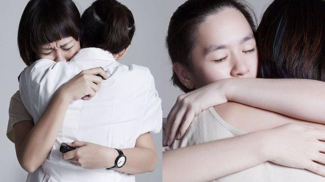 Emocionante serie de fotografías muestra las dos caras de un abrazo