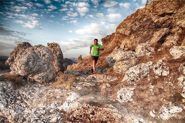 La Sierra de Loja es el escenario de la 'Abades Stone Race'.