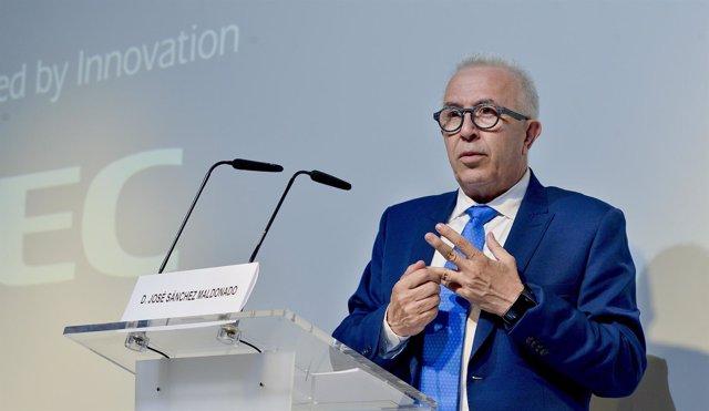 El consejero de Empleo, Empresa y Comercio de la Junta, José Sánchez Maldonado