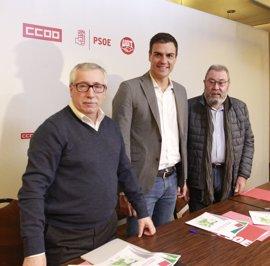 Sánchez deja la indemnización por despido a la negociación de agentes sociales