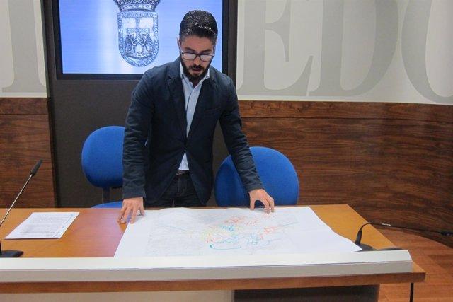 Gerardo Antuña durante la rueda de prensa