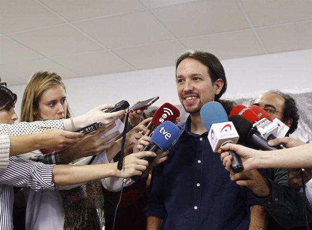 Pablo Iglesias tras una rueda de prensa