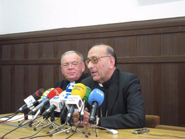 Juan José Omella, durante la rueda de prensa