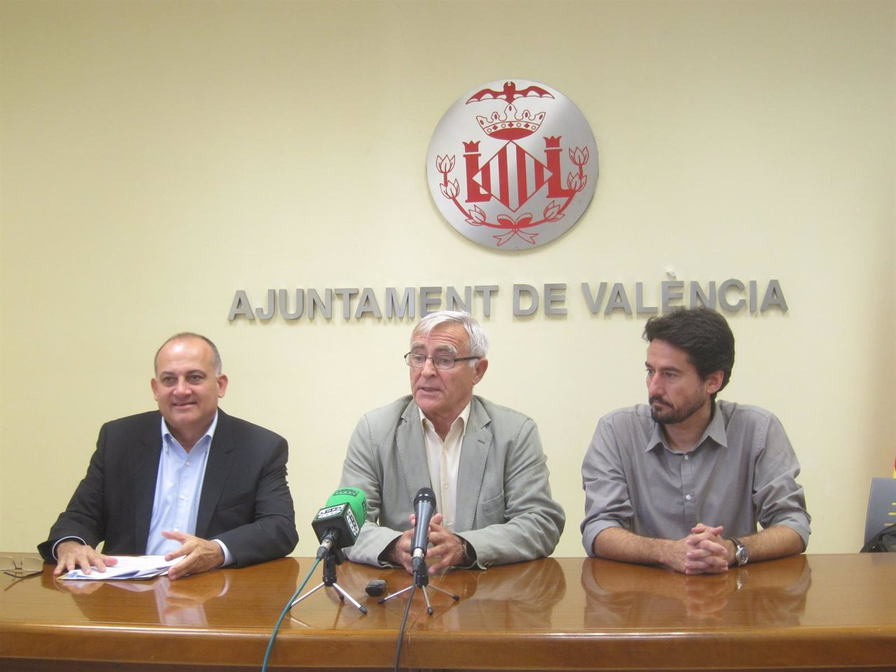 Ribó, Calabuig y Peris en rueda de prensa tras la Junta de Gobierno Local
