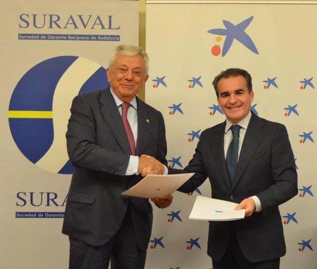 Suraval y Caixabank firman un acuerdo