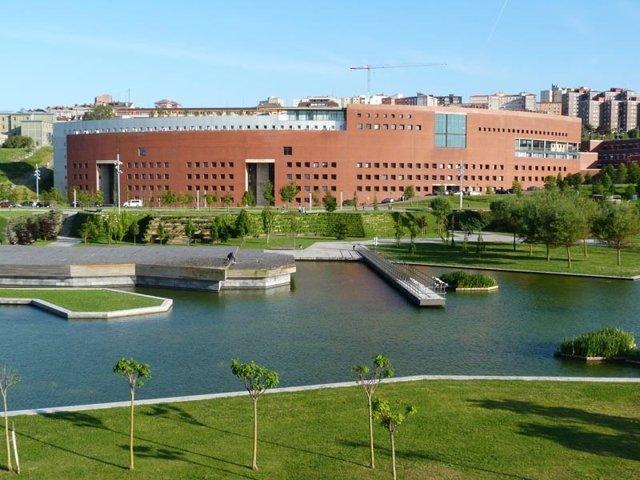 Facultad de Ingeniería Industrial y Telecomunicaciones de la UC