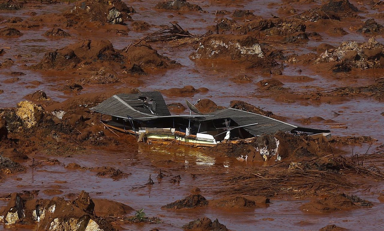 Alud de barro en Minas Gerais, sur de Brasil