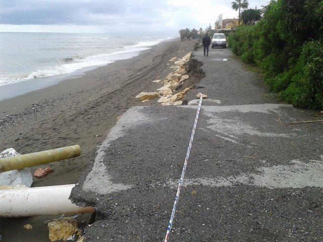 Playa Rincón de la Victoria temporal noviembre 2015