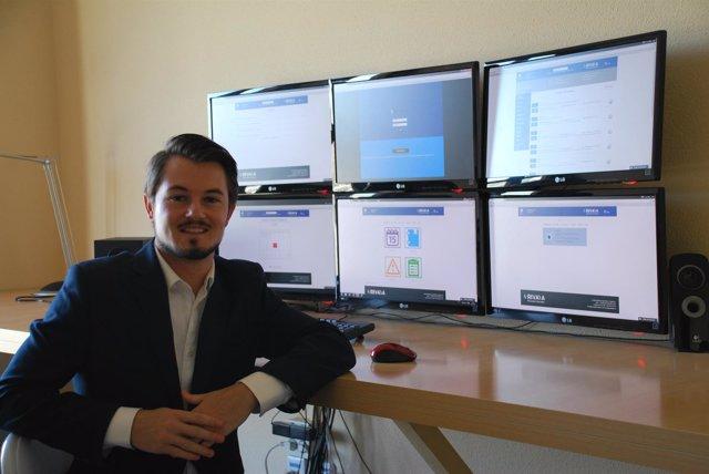 Un valenciano crea una plataforma que simula un despacho online