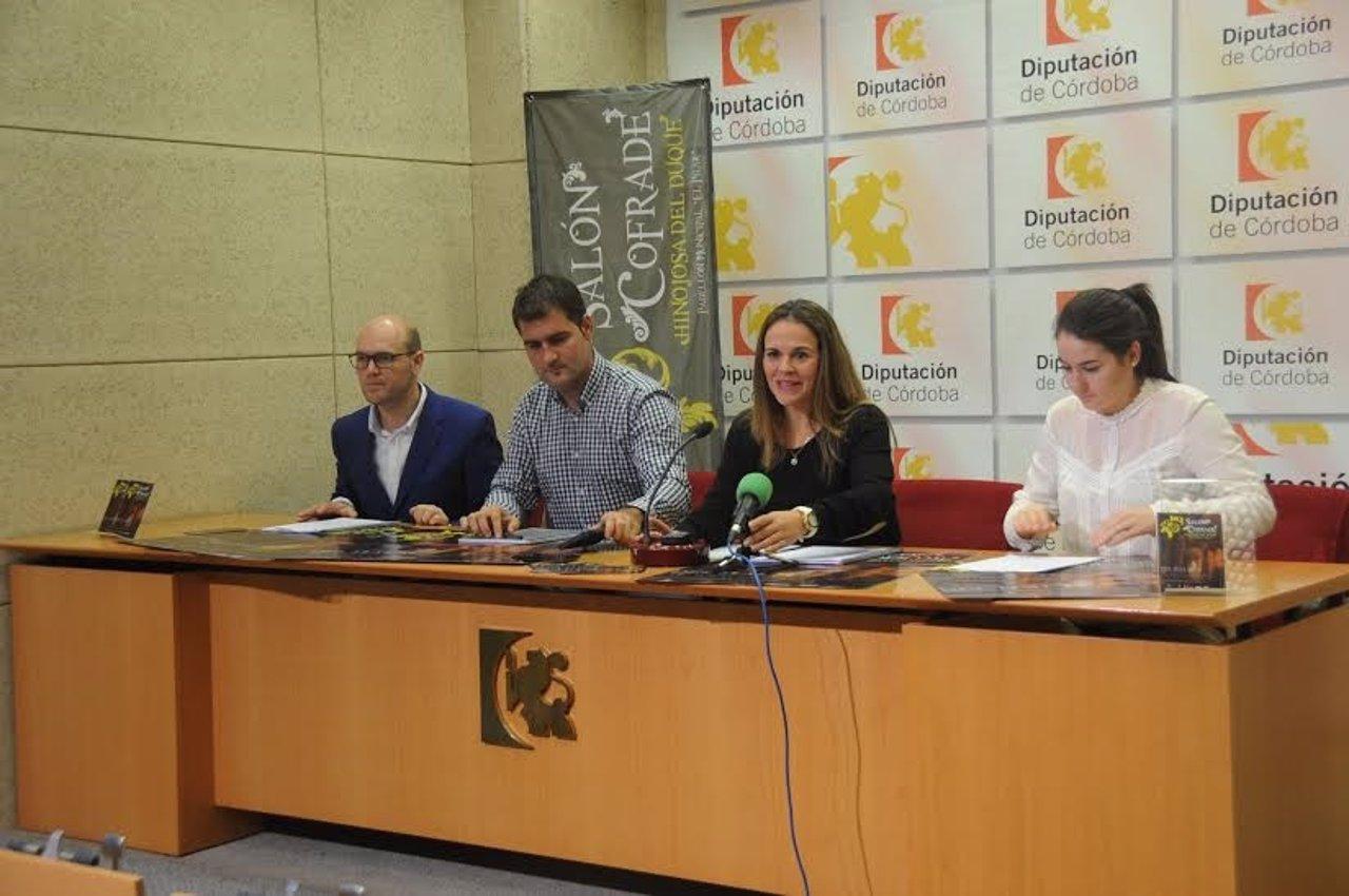 La delegada de Consumo, Aurora Barbero, presenta el Salón Cofrade
