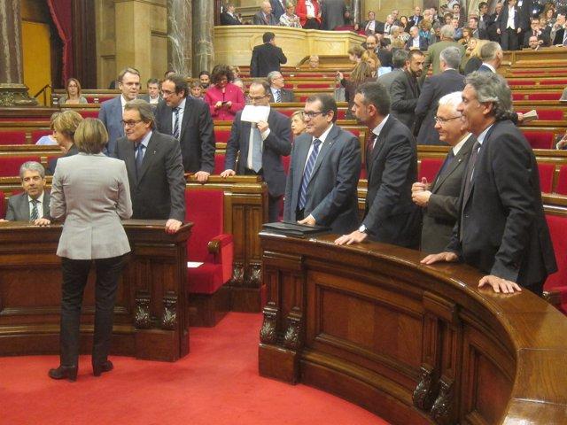 El Presidente De La Generalitat, A. Mas, Y La Pta. Del Parlament C.Forcadell