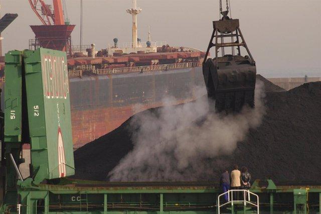 Descarga de carbón