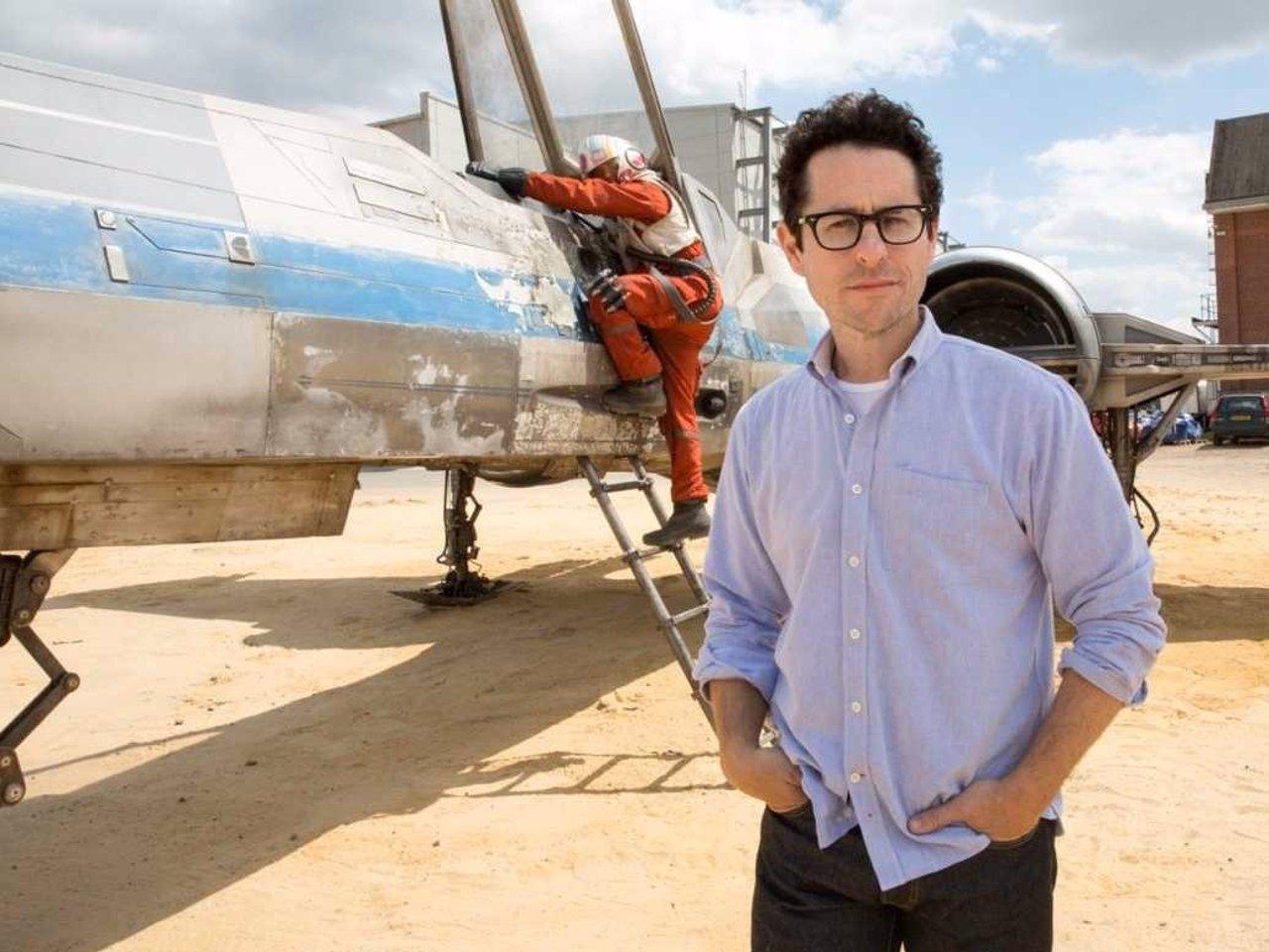 J.J. Abrams en el rodaje de Star Wars VII