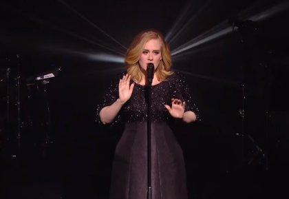 Vídeo: Adele interpreta Hello en directo