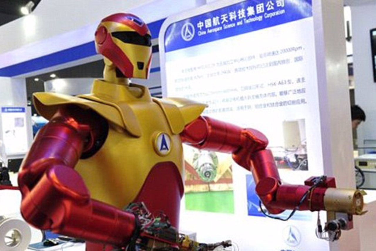 Robot Iron Man