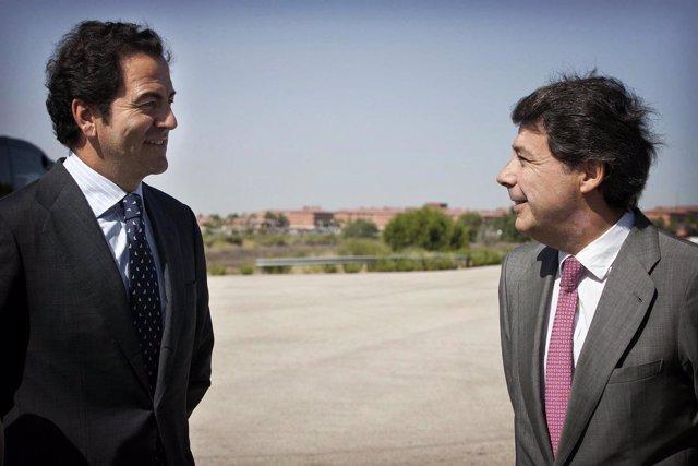 González y Cavero en unas pruebas de conducción segura