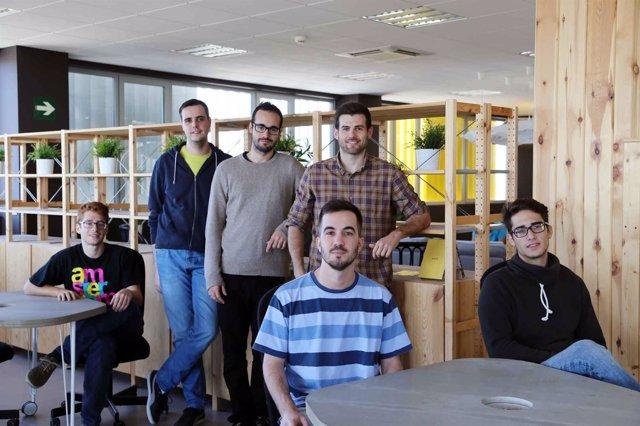 Startups uma estudiantes web contacto