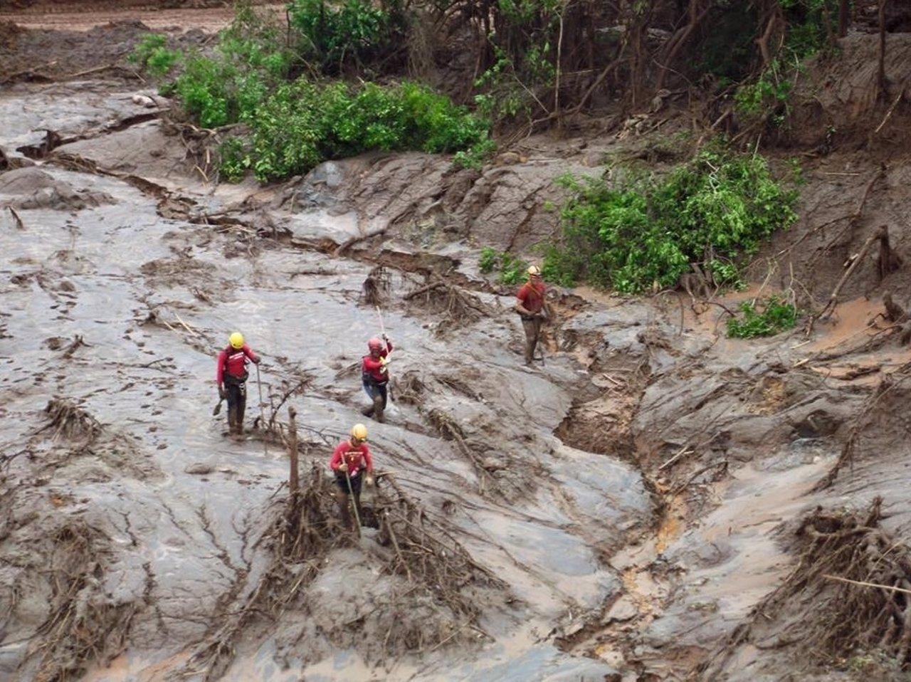 Accidente en mina de Brasil ya deja 6 muertos