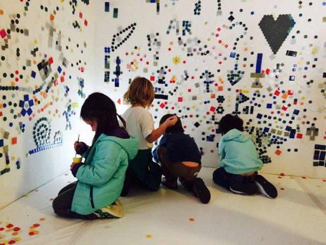 Niños participando en 'JugARK'